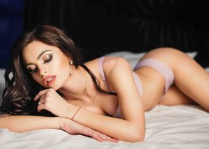 How Escort Services Help In Relieving Mental Stress And Boredom